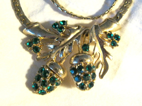 1940's necklace with green rhinestone acorns