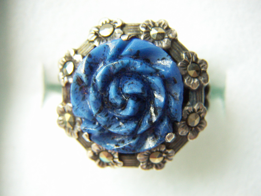 costume rose ring with marcasites