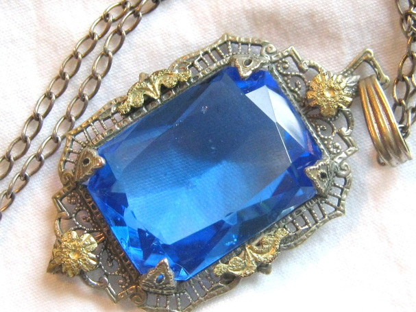 Edwardian Czech filigree pendant