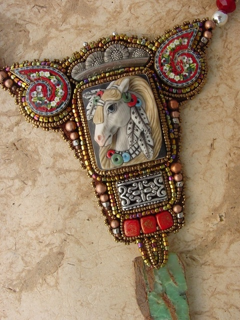 Heidi Kummli beadwork necklace