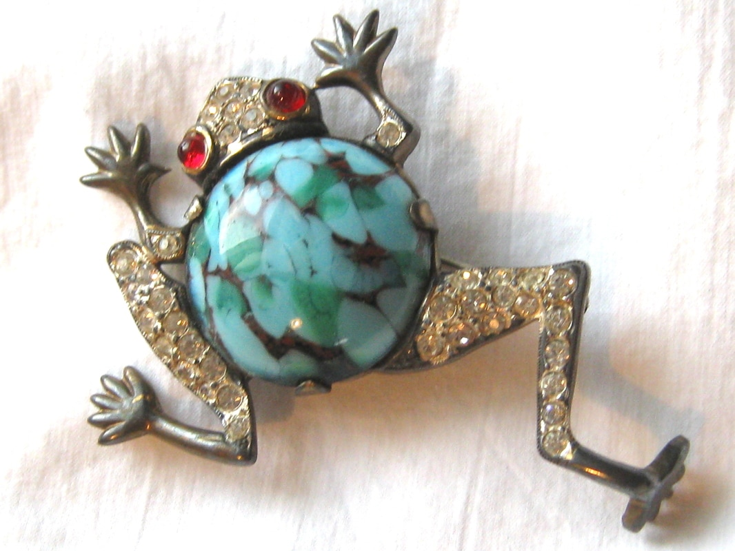 Treasure Box Antiques Mazer frog brooch