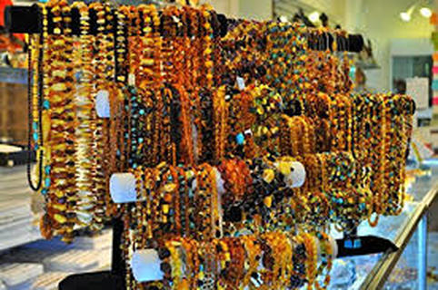Amber jewelry display