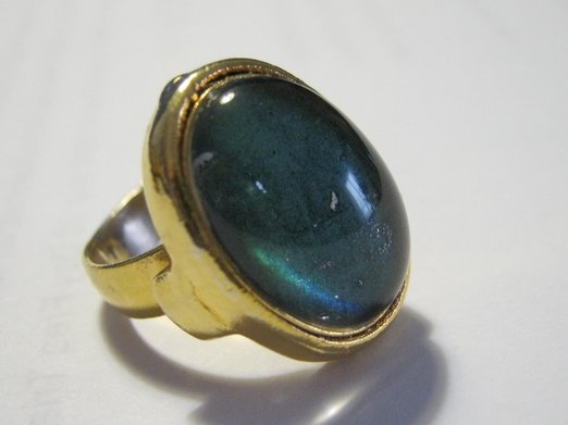 Vintage 1970s mood ring